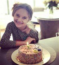 Дочери Орбакайте Клавдии - 7 лет: 'Благородство видно с детства'