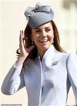 Кейт Миддлтон: самый нежный пасхальный наряд - и опять не новый