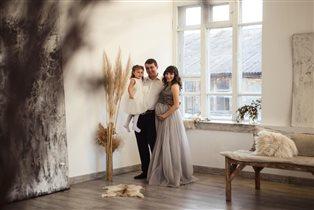 Наша счастливая семья. Фотоконкурс 'Выход в свет'