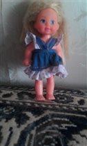 Маленькая Барби - любимая кукла Вари.