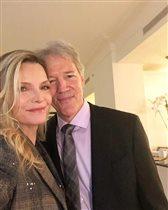 'Большая маленькая ложь-2': Мишель Пфайффер с мужем-продюсером сериала на премьере
