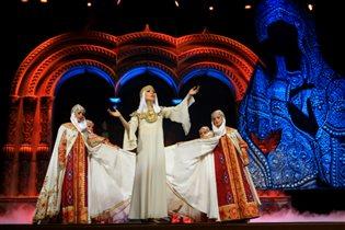 Танцевальное шоу для всей семьи снова в Москве!