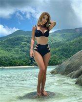 Ольга Орлова в купальнике: 'Зачем сразу трое трусов?'