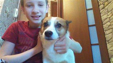 Любимый сын с любимой собачкой