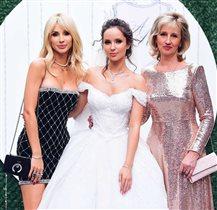 Лобода поймала букет невесты на свадьбе сестры