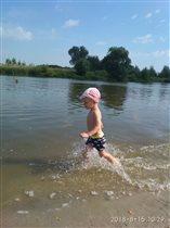 На озере весело!