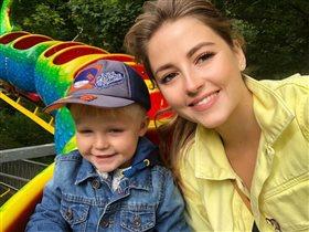 Анна Михайловская с сыном: 'Какие красавцы!'