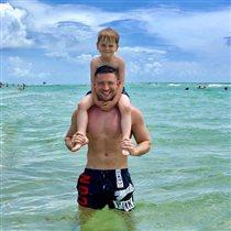 Сергей Лазарев с сыном: 'Кто мама?'