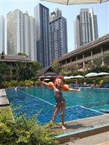 Сейчас покажу мастер класс! Как я умею плавать !