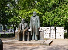 Маркс и Энгельс