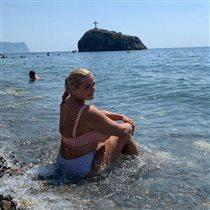 Ирина Пегова в купальнике: кто же фотограф?