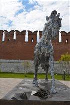 Конь серебряный