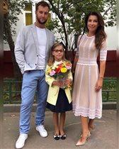 Екатерина Волкова с мужем и дочкой: 'Какая элегантная семья!'