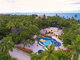 Emerald Resort & Spa: самый крупный детский клуб на Мальдивах