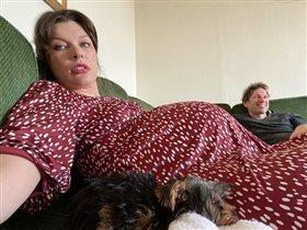 Милла Йовович третья беременность