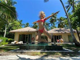 Полина Гагарина фото купальник