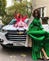 Екатерина Климова с бывшим мужем отметили 5 лет дочки: 'Что за кукла на машине'