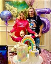 Игорь Николаев: торт в честь 5-летия дочки по её эскизу