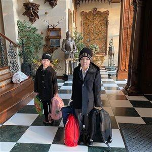 Дети Галкина и Пугачевой - 'радостное' школьное утро: 'Как будто выгоняют из дому)'