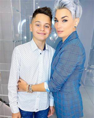 Стас Костюшкин с женой - 14 лет старшему сыну: 'Как похож на папу!'