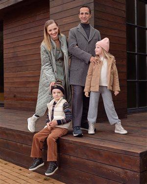 Екатерина Вилкова и Илья Любимов: редкое фото вместе с детьми