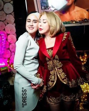 Любовь Успенская с дочерью мирно поздравили друг друга