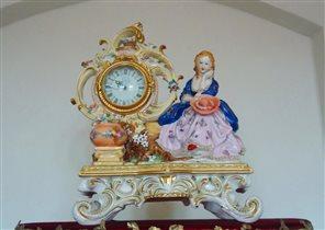Часы из фарфора
