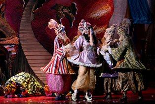 Волшебная премьера на сцене Театра Сац