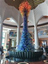 Стеклянный фонтан Дейла Чихули в Дубае