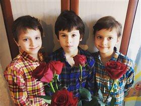 Мария Болтнева тройняшки
