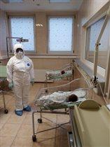 Главврач больницы №15: 'Начали принимать беременных с ОРВИ и пневмонией, за сутки - 2 родов'