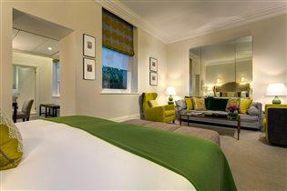 Отель кровать