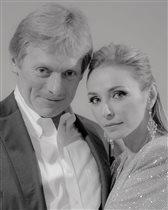 Пресс-секретарь президента РФ Дмитрий Песков и его жена Татьяна Навка госпитализированы