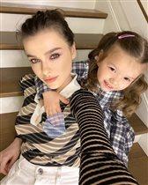 Елена Темникова: фото с дочкой - и в белоснежной ванной