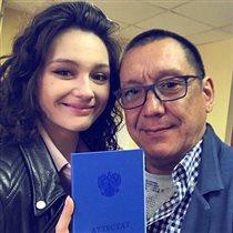 Любовь Толкалина и Егор Кончаловский: дочь в прошлом году вышла замуж, а сейчас закончила школу