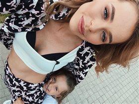Анна Хилькевич взяла 4-летнюю дочь на работу: 'Она оценила, что мамочка-то ого-го!'