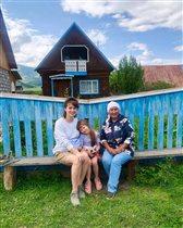 Ирина Муромцева с младшей дочкой на Алтае: 'О веганстве и брезгливости придётся забыть'