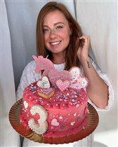 Юлия Савичева: 3-летие дочки и самые красивые торты певицы
