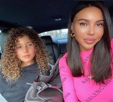 Оксана Самойлова накрутила старшую дочь: вечный вопрос для мам девочек
