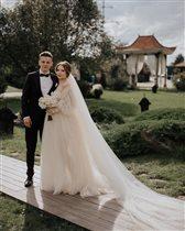 21-летний сын Валерии женился, но всех потряс самый молодой отец невесты