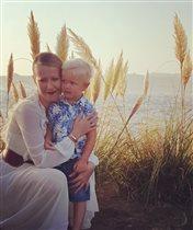 Ксения Собчак ищет школу для сына: 'В московских школах везде либо немножко совок, либо блат'