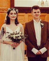 Любовь Толкалина и Егор Кончаловский: фото с эльфийской свадьбы 19-летней дочери